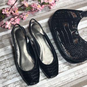 Shoes - Bundle of 2- shoes & purse